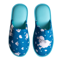 Veselé papuče DEDOLES ovečky a obláčiky 42-43