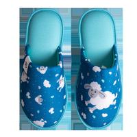 Veselé papuče DEDOLES ovečky a obláčiky 44-45