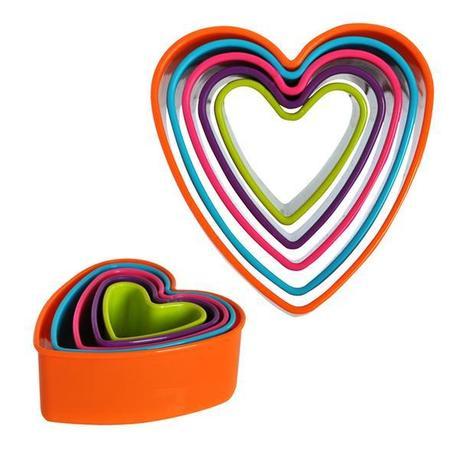 TORO Plastové vykrajovače na cukrovinky, 5 ks, srdce